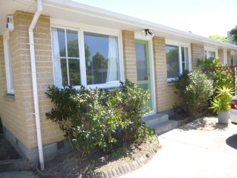 View profile: MERIVALE - 2 BEDROOM TIDY UNIT, HEATPUMP,FULLY INSULATED, SINGLE GARAGE, CAT NEGOTIABLE