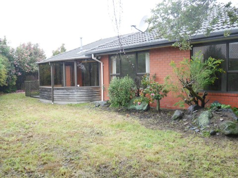 View profile: AVONHEAD - 3 BEDROOM HOME, NEW HEATPUMP,DOUBLE GARAGE, PET NEGOTIABLE