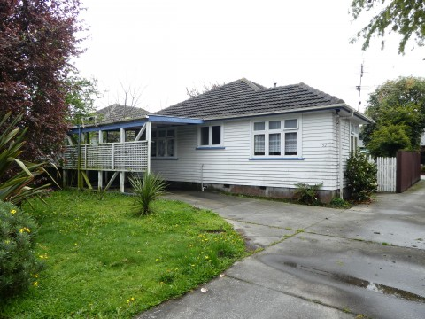 View profile: PAPANUI - THREE BEDROOM HOME, HEAT PUMP, FULLY FENCED, OFF STREET PARKING