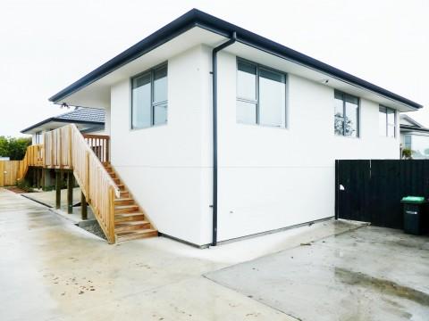View profile: AVONDALE - 2 BEDROOM MODERN UNIT - SINGLE GARAGE - 2 TOILETS