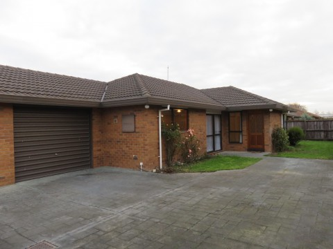 View profile: RANGIORA - 2 BEDROOM, LARGE LIVING SPACE, NO GARDENING REQUIRED