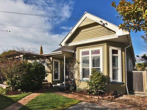 View profile: SYDENHAM - 3 BEDROOM CHARACTER VILLA - IN ZONE FOR CASHMERE HIGH