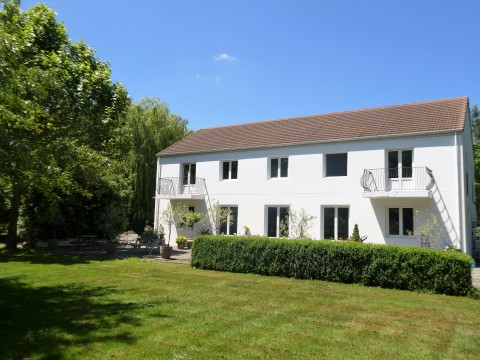 View profile: HALSWELL RURAL - QUIET AND PRIVATE LOCATION - 6 BEDROOM ITALIAN VILLA - LIFESTYLE BLOCK