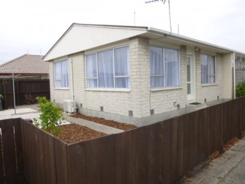 View profile: RICCARTON - 2 BEDROOM FRONT UNIT - FULLY INSULATED, HEATPUMP, SINGLE GARAGE