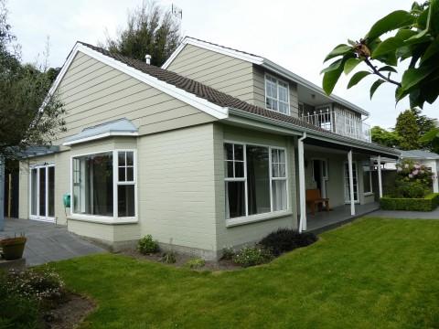 View profile: FENDALTON - 3 BEDROOM, 2 BATHROOM FAMILY HOME, HEATPUMP, DOUBLE AUTO GARAGE