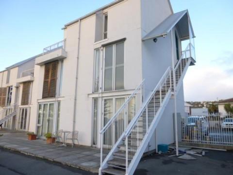 View profile: SUMNER - UPSTAIRS 1 BEDROOM APARTMENT, BEACH VIEWS