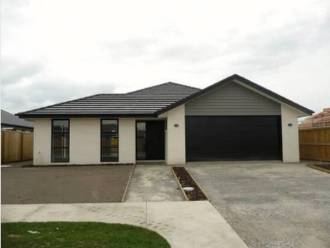View profile: KAIAPOI - SILVERSTREAM - 3 BEDROOM, 2 BATHROOM EASY CARE, PET NEGOTIABLE