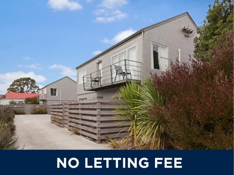 View profile: RICHMOND - 2 BEDROOM DOWNSTAIRS UNIT, SMALL GARDEN, SECURE GATED BLOCK - NO LETTING FEE